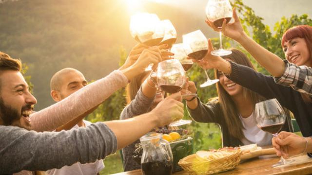 פסטיבל יין וגבינות מול האגם
