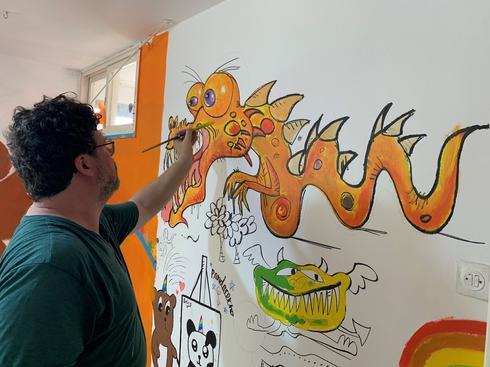 פופ אפ גרפיטי בפרויקט פינוי בינוי של חברת ינוב טרסה. צילום: עמית פוטוגנים
