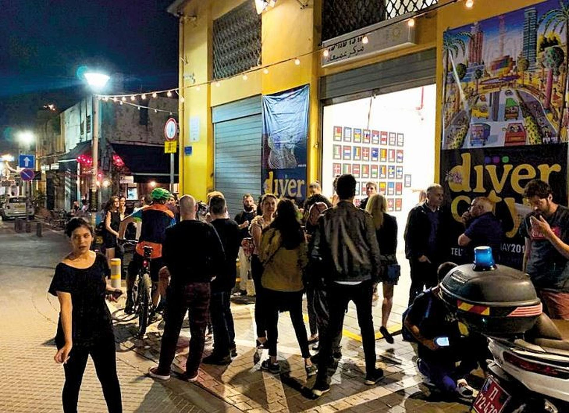 שוק הפשפשים. חשיפה לאמנים, אטרקציה לתיירים | צילום: עיריית תל אביב